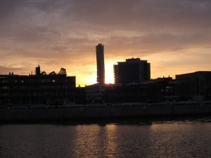 The sunset over the harbour with the Turning Torso in the background.