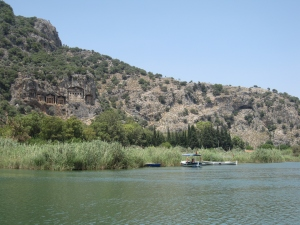 Crusing past the rock tombs.