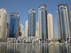 Dubai Marina can accommodate 120,000 people.